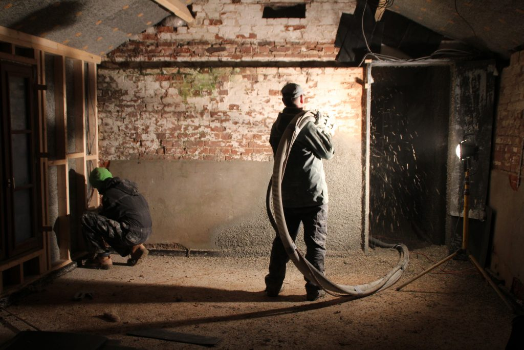 Hempcrete Spraying: Retrofit of a Norfolk Barn